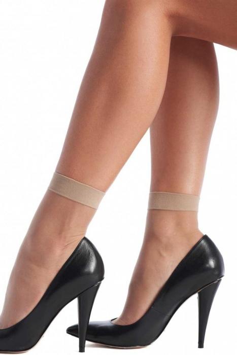 Дамски къси чорапи с ликра 20 ден